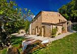 Location vacances Cagli - Graceful Holiday Home in Acqualagna with Swimming Pool-1