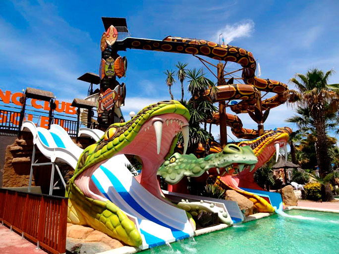 The most spectacular water slides of campsite water parks