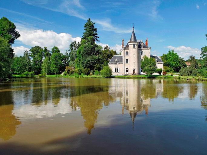 The Castle of Poinsouze